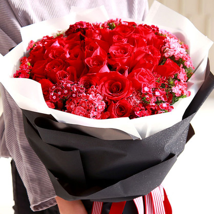老婆生日送玫瑰花