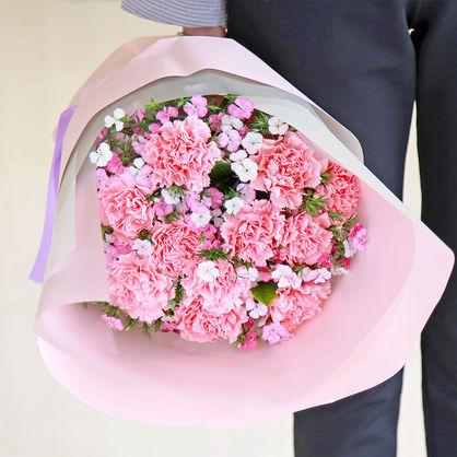 老师生日送花多少朵好?这些花适合送给老师表达感激之情